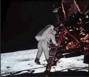 A ajuns omul pe Luna?