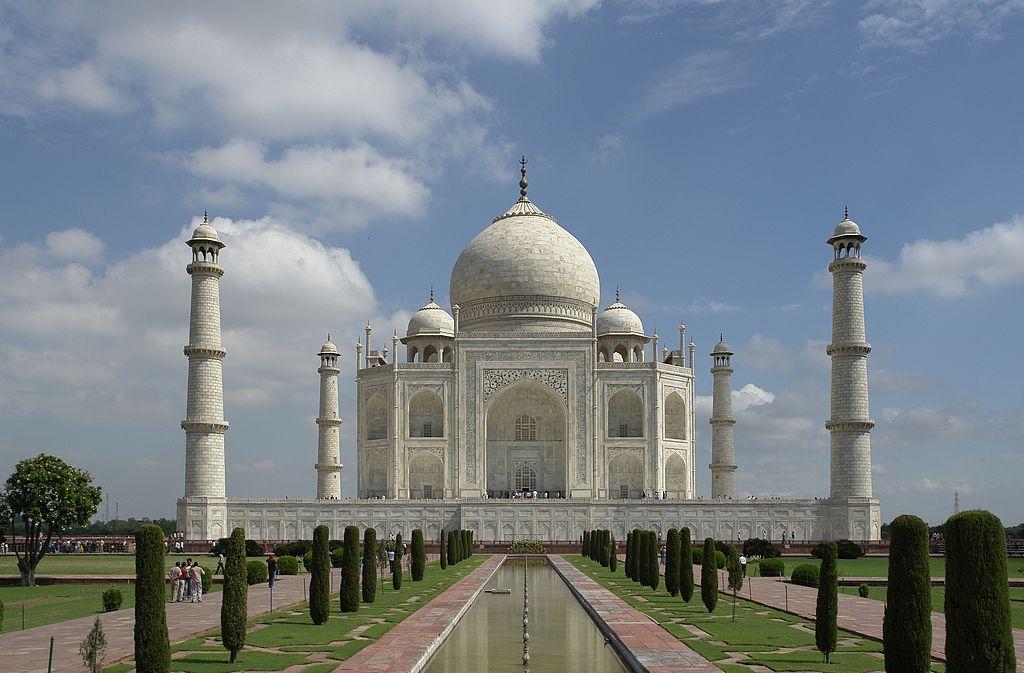 Taj Mahal – simbolul dragostei eterne