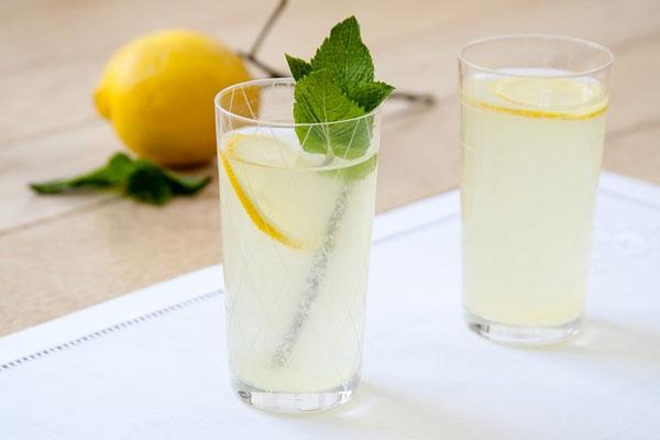 11 beneficii ale limonadei pe care nu le știai
