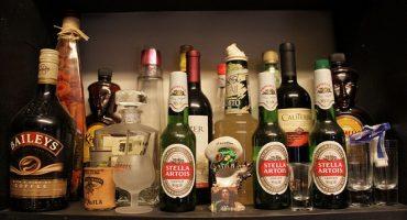 STUDIU. Persoanele care NU consumă alcool mor mai tinere