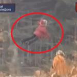 O fetiță din Rusia poate să zboare