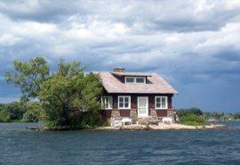 Insula cu o singură cameră