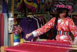 Tribul din Tibet unde femeile conduc și căsătoria nu există