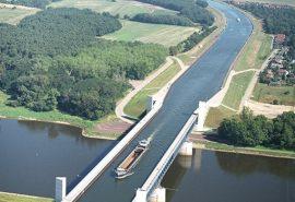 Incredibilul pod de apă din Magdeburg, Germania