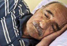 De ce oamenii în vârstă dorm mai puțin?