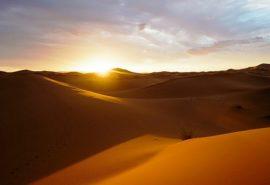 De ce nu se construiesc centrale solare în Sahara?