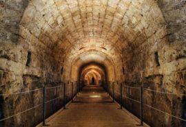 Arheologii au descoperit tunelurile pentru comori ale Cavalerilor Templieri de acum 800 de ani