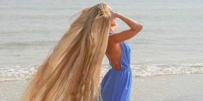 O femeie din Ucraina care nu și-a tăiat părul de 30 de ani