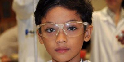 Un băiat cu IQ ridicat a început să vorbească la 6 luni. Cu ce se ocupă acum