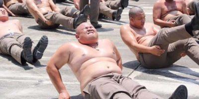 Polițiștii grași din Thailanda sunt obligați să urmeze un program de slăbire