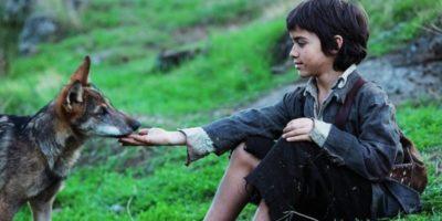 Abandonat de familie și crescut de lupi: Povestea incredibilă a lui Marcos Pantoja
