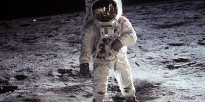 De ce nimeni altcineva nu a mai zburat pe Lună?