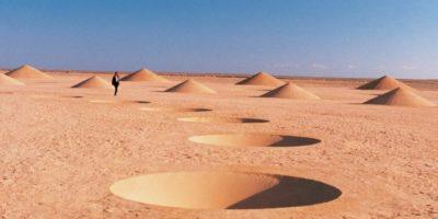 Ce se află sub nisipul din deșertul Sahara?