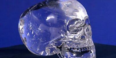 Misterul celor 13 cranii de cristal