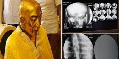 Călugărul mumificat ascuns într-o statuie de aur timp de 1000 de ani