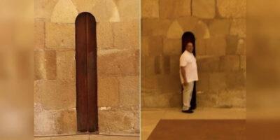 De ce ușa bucătăriei de la mănăstirea Alcobaça este atât de îngustă?