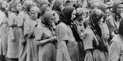 Moașa de la Auschwitz. Povestea femeii care a refuzat să înece copiii evrei nou-născuți