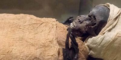 Tomografia mumiei faraonului Tao al II-lea dezvăluie un asasinat de acum 3.600 de ani
