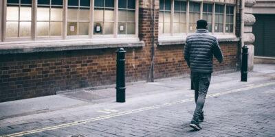 După ce s-a certat cu soția, un italian a mers 420 km pe jos pentru a se calma