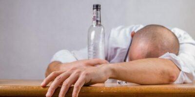 Cercetătorii au găsit o metodă prin care poți elimina rapid alcoolul din corp