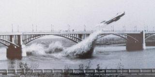 Povestea incredibilă a pilotului sovietic care a trecut cu un MIG pe sub un pod