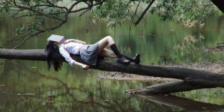 Cel mai bun somnifer natural este cititul. De ce adormi când citești